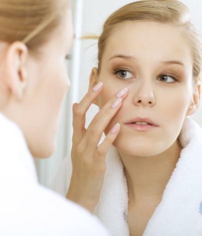 Prosta autodiagnostyka skóry: poznaj swoją cerę!